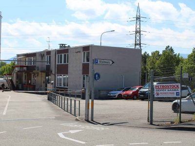Parking et bâtiment